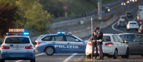 Genova, imprenditore romano si toglie la vita gettandosi da un ponte sulla A26