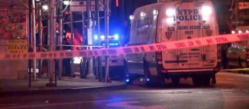 Il New York City Police Department sta proseguendo le indagini sugli omicidi di senzatetto