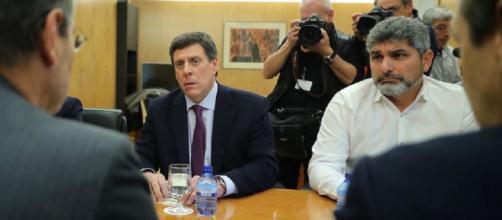Juan Carlos Quer y Juan Jose Cortés, durante una reunión con el PP. / Flickr