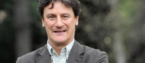 Giorgio Tirabassi ha avuto un malore: è grave