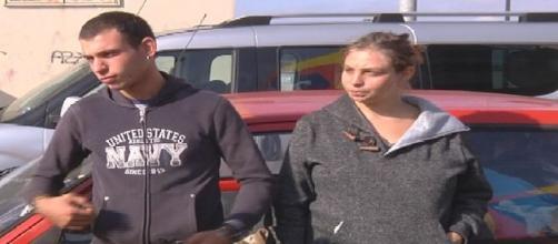 Lecce, giovane coppia costretta a dormire in un'auto da mesi a Carmiano