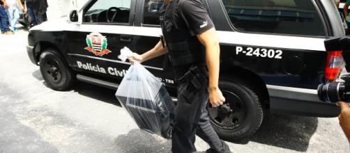 Polícia investiga crimes na internet. (Arquivo Blasting News)