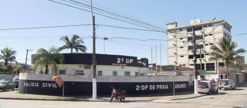 Tatuador é agredido por mulher em Praia Grande. (Reprodução/TV Tribuna)