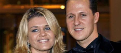 """Schumacher, parla sua moglie Corinna: """"È nelle migliori mani""""."""