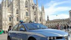 Milano, guardia giurata accoltella per 'gioco' un collega alla schiena vicino al Duomo