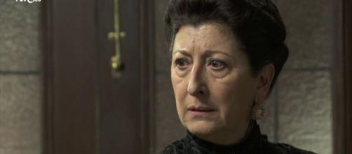 Anticipazioni Una Vita, puntate spagnole al 15 novembre: Ursula contatta l'assassino di Samuel per vendicarsi di Genoveva