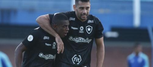 Botafogo busca deixar o G-4. (Arquivo Blasting News).
