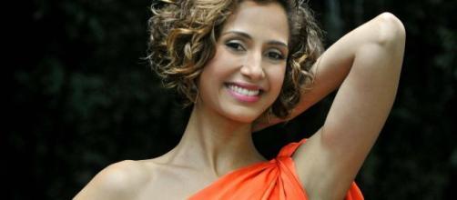 Camila Pitanga está namorando uma mulher pela 1ª vez. (Arquivo Blasting News)
