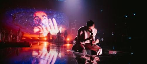 Mengoni Live: la scaletta del concerto di Milano