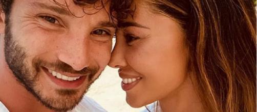 Stefano De Martino nega le seconde nozze con Belen Rodriguez: 'Perseverare è diabolico'.