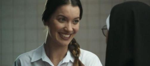 Fabiana chegará a pedir dinheiro para voltar ao convento. (Reprodução/TV Globo)