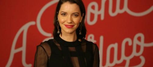 Nathalia Dill é Fabiana em 'A Dona do Pedaço'. (Reprodução/TV Globo)
