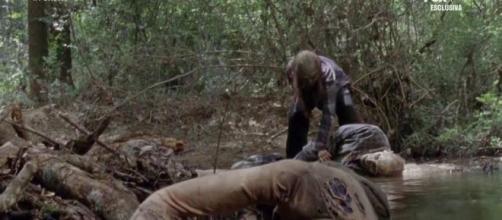 The Walking Dead 10, spoiler 7^ puntata: l'acqua del fiume è contaminata e potrebbe essere la causa del contagio di Alexandria