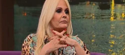 Monique Evans afirma ter sido xingada e maltratada por Fabio Martinho, diretor do TV Fama, demitido nesta terça (12). (Reprodução/RecordTV)