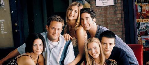 Reunion di Friends in tv: il cast insieme per uno special su HBO Max (optimagazine.com)