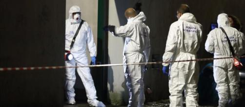 Roma, uccide il padre a martellate e poi confessa il delitto | corriere.it