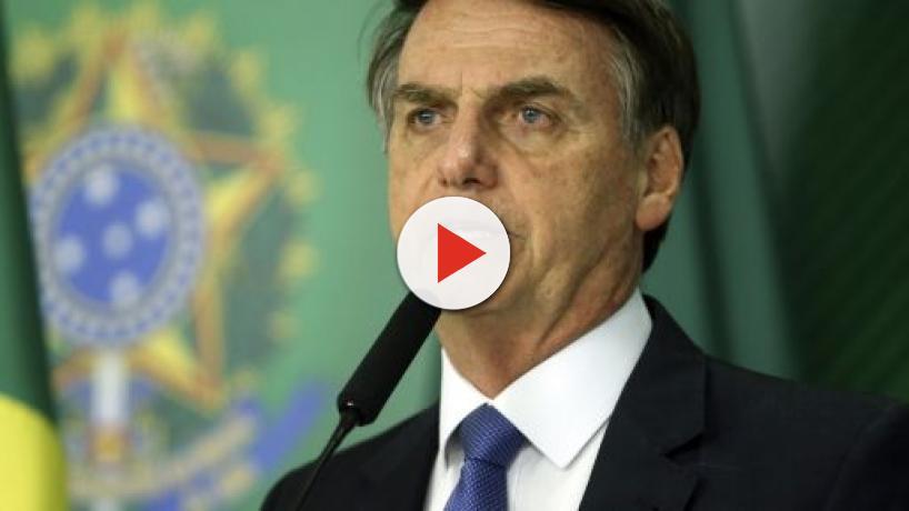 Bolsonaro anuncia saída do PSL e vai criar novo partido