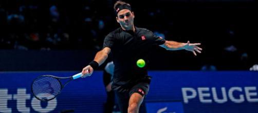 Atp Finals 2019: Federer in semifinale, eliminato Djokovic