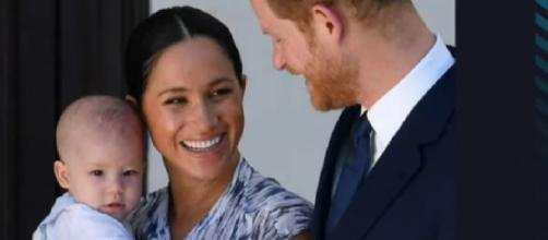 Meghan Markle & Prince Harry ditching Royals for American Christmas?[Image source/E! News YouTube video]