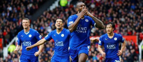 La emoción del fútbol lo convierten en el deporte de pelota más popular en el mundo. - telemundo.com