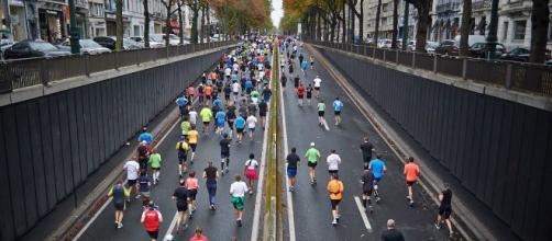 La fama de los maratones, a través de las grandes ciudades, es un ejemplo del auge de los deportes en las grandes urbes. (Reproducción/Pixabay)