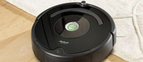 Roomba 606: aspirapolvere robot indicato per chi possiede animali domestici.