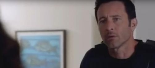 A slippery DEA agent tries to pull one over on McGarrett and 'Hawaii Five-O.' [Image source: SpoilerTV/YouTube]