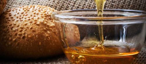 Al pan de miel también se le puede agregar nueces. - rtve.es