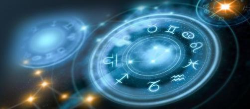 As previsões dos astros para a semana de 18/11 a 24/11. (Arquivo Blasting News)