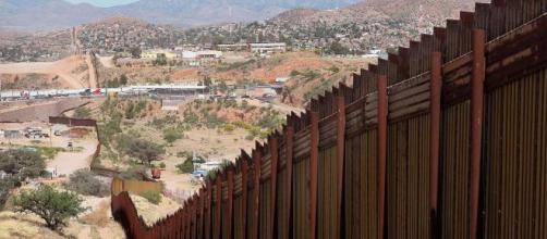 El Paso,Texas condena construcción de muro fronterizo. - elhorizonte.mx