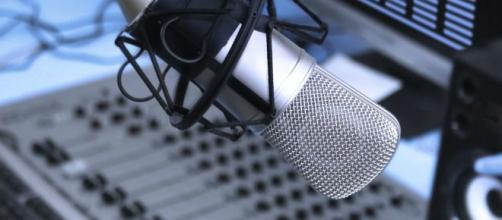 Intervista esclusiva a Fabry Granata, imitatore delle star della televisione