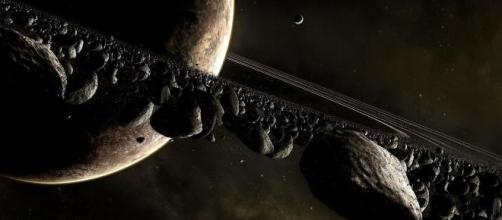 Marte, Nasa Curiosity individua strane concentrazioni di ossigeno vicino al cratere Gale.