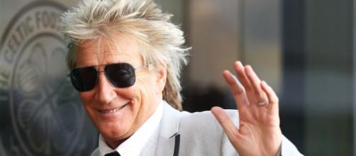 Rod Stewart is supporting the Teenage Cancer Trust charity (Source: Blasting News archive)