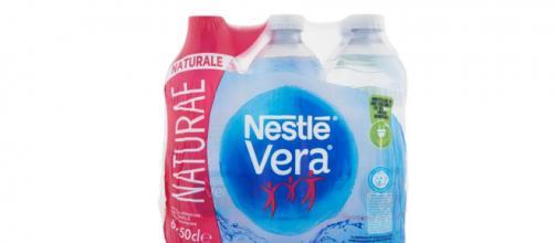 Acqua Nestlé Vera Naturae richiamata per potenziale rischio batterico