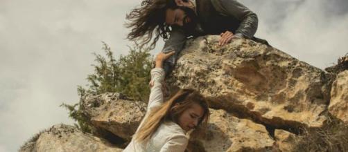 Il Segreto anticipazioni: Antolina muore durante uno scontro con Isaac