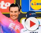 Alberto Bettiol e Marta Bastianelli sul podio del Giro delle Fiandre