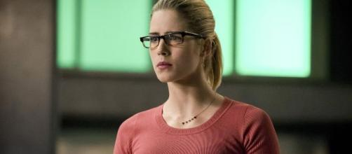 Arrow 8: Felicity Smoak (Emily Bett Rickards) tornerà nell'ultimo episodio della serie