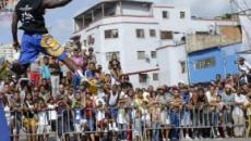 El baloncesto callejero de los Court Kingz recorre Venezuela deleitando a todos en su gira