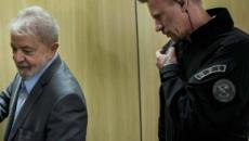 Policial Federal que conviveu com Lula na cadeia estuda escrever livro