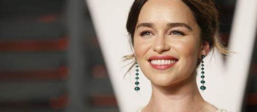 """Emilia Clarke asegura que la presionaron para hacer desnudos en """"Juego de Tronos"""""""
