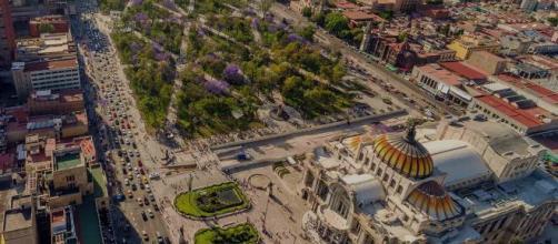 La economía mexicana se fortalece con las inversiones extranjeras durante 2019.