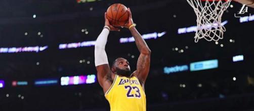 LeBron James bat un nouveau record. Credit: Instagram/Lakers