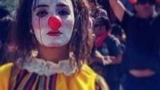 """Cile, giallo sulla morte di Daniela Carrasco """"El Mimo"""": trovata impiccata, avrebbe subito torture"""