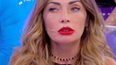 Uomini e donne anticipazioni 10 dicembre, Ida: 'Non voglio rinunciare a Riccardo'