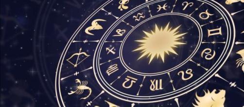 Oroscopo del 23 novembre 2019 per i dodici segni dello Zodiaco.