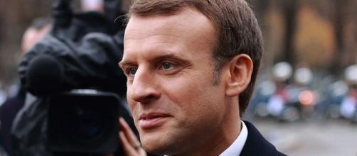 Retraites : Emmanuel Macron à l'heure de rendre sa copie. Credit: Remi Jouan/ Wimedia Commons