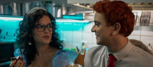 Kéfera e Victor são os protagonistas de 'Ninguém tá olhando'. ( Arquivo Blasting News)