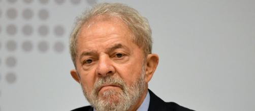 Lula abandonou o estilo 'Lulinha paz e amor' e vem radicalizando em seus discursos. (Arquivo Blasting News)