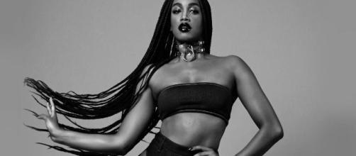 A cantora Iza chega aos 10 milhões de seguidores no Instagram. (Arquivo Blasting News)
