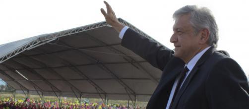 López Obrador exige más respeto a las decisiones internas de México.